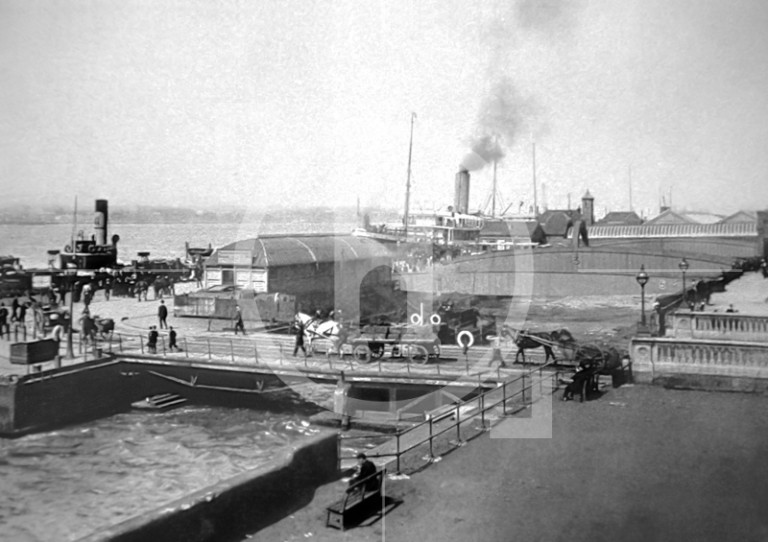 Floating roadway and landing stages at turn of 20th century