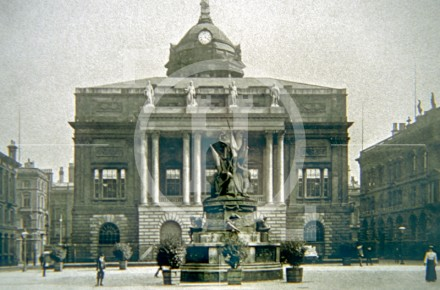 The Town Hall, from Exchange Flags, c 1902